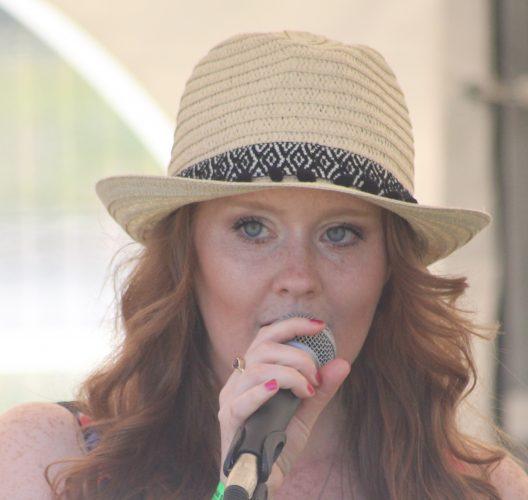 Photo - Lou Bygrave - Vocals